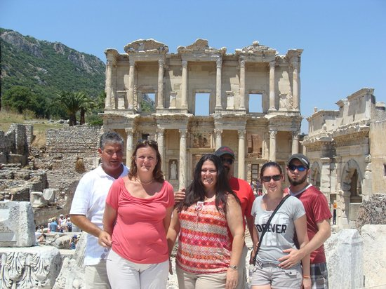 Ephesus Travel Guide - Private Ephesus Tours: library of Celsius