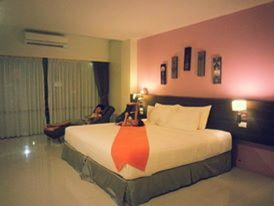 The Lantern Resorts Patong: UPGRADED ROOMS