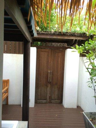 Mimosa Resort & Spa : outdoor patio area