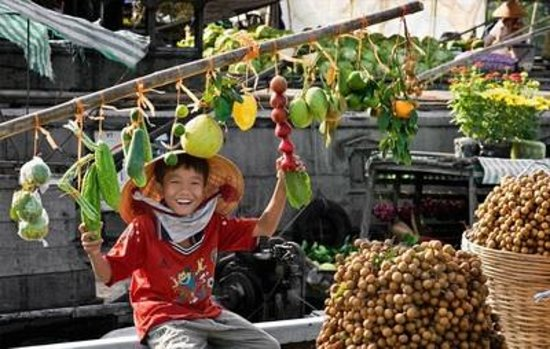 Asianway Travel: Floating market, 60km from Saigon Vietnam