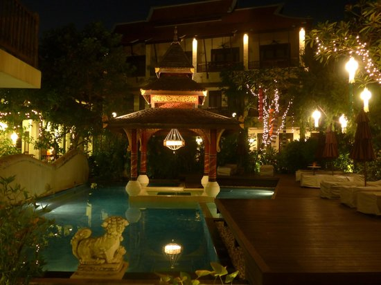 Puripunn Baby Grand Boutique Hotel: Piscine