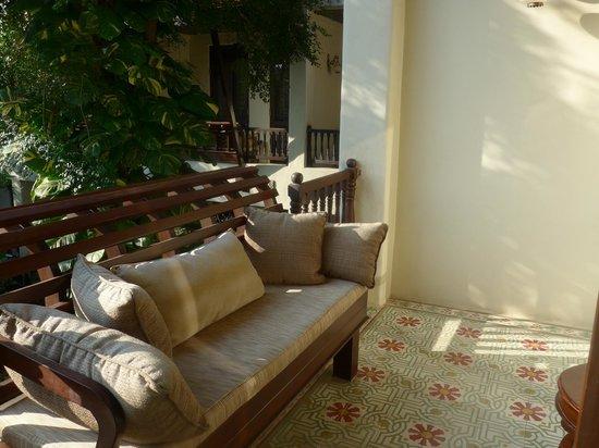 Puripunn Baby Grand Boutique Hotel: Terrasse de la chambre