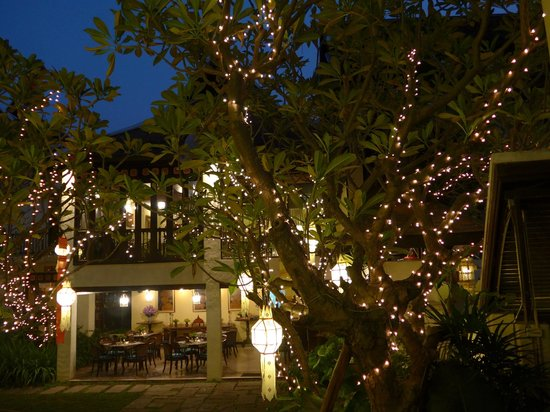Puripunn Baby Grand Boutique Hotel : Cafe-restaurant