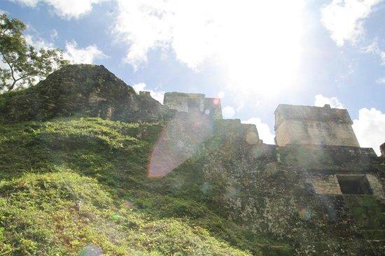 Gaia Riverlodge: incredible ruins - tour giai