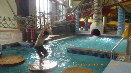 Great Wolf Lodge: Play area in waterpark