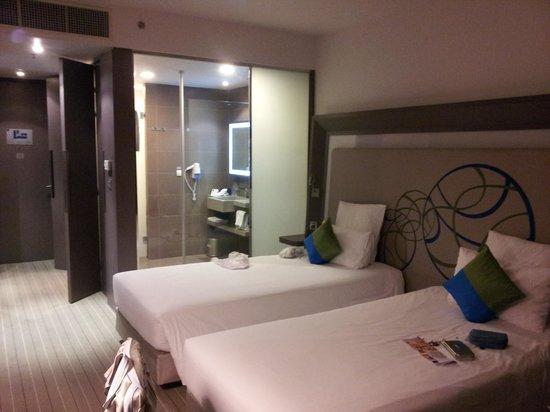 Novotel Bangkok Ploenchit Sukhumvit: Room