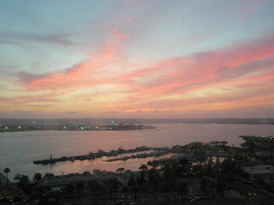Manchester Grand Hyatt San Diego: San Diego sunset