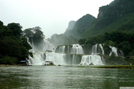Asia Spirit Travel - Private Day Tours: Ban Gioc waterfall