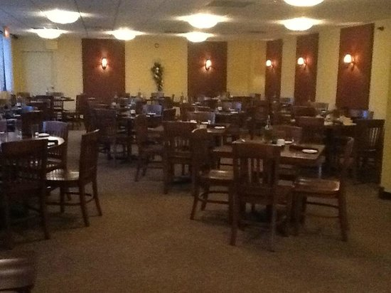 Twisted Olive: Dining Room