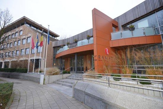 Ramada Brussels Woluwe: 外観