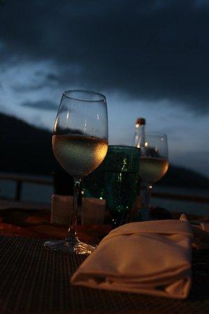 The Andaman, A Luxury Collection Resort: Ужин на пляже