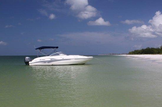 Island Life Charters: Dedkboat rental posing for a photo