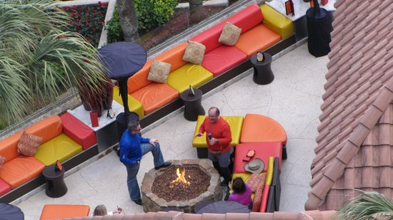 The San Luis Resort : Fire pit at the H20 bar at front of hotel