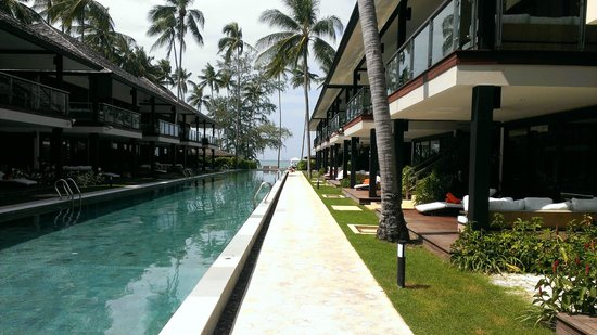 Nikki Beach Resort Koh Samui: Each room has a balcony!
