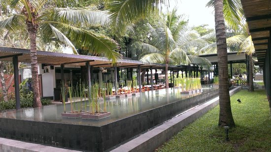Nikki Beach Resort Koh Samui: Center of the resort