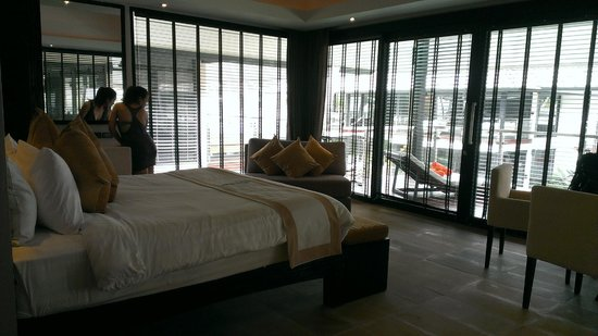 Nikki Beach Resort Koh Samui: Lots of Windows
