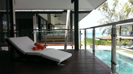 Nikki Beach Resort & Spa: Balcony!