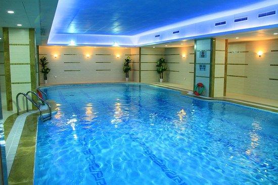 Grand soluxe zhongyou hotel shanghai bewertungen fotos for Preisvergleich swimmingpool