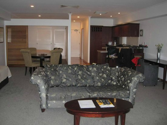 Auckland Waterfront Serviced Apartments: Living area