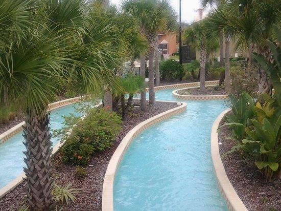 Fantasy World Club Villas : the lazy river