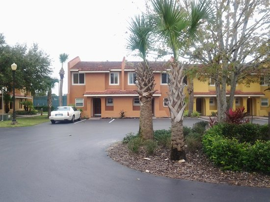 Fantasy World Club Villas : outside unit view