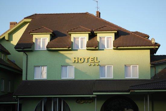 Baranowski Hotel: фасад отеля