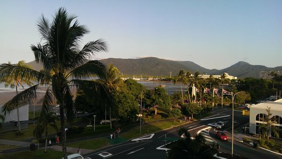 DoubleTree by Hilton Hotel Cairns: Views