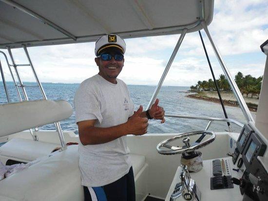 Amigos Del Mar Dive Shop: Edgar, the Captain