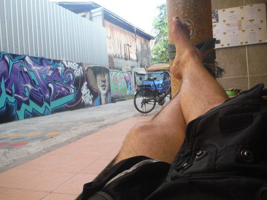 Backpackers Garden : Hammock Outside the Hostel