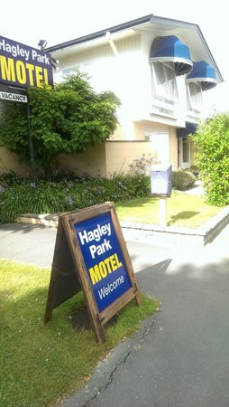 Hagley Park Motel : Hotel Entrance