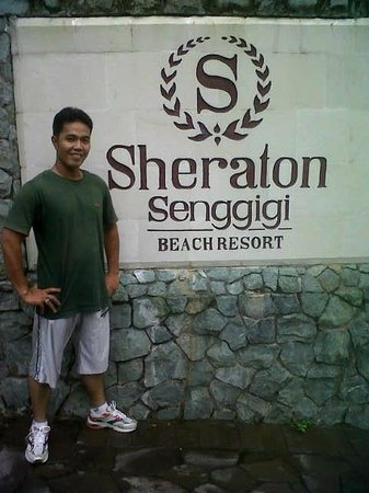 Sheraton Senggigi Beach Resort: gerbang