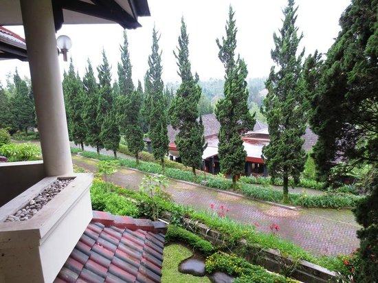 Puteri Gunung Hotel: View from balcony