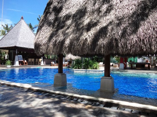 Rama Beach Resort and Villas: The pool