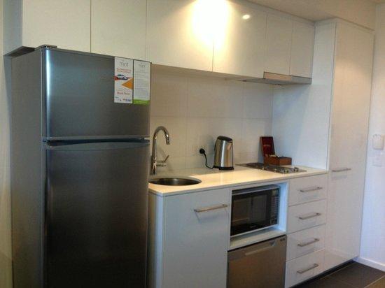 Mantra St Kilda Road: Basic Room