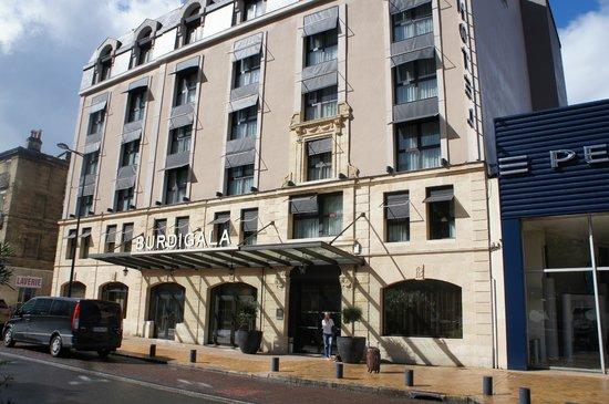 Hotel Burdigala Bordeaux - MGallery Collection : центральный вход отеля