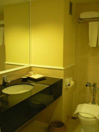 Le Siam Hôtel: ванная