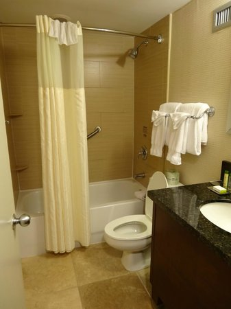 Doubletree by Hilton Philadelphia Center City : Salle de bains