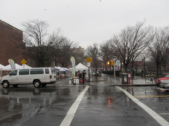 Park Slope Inn: view of farmers market