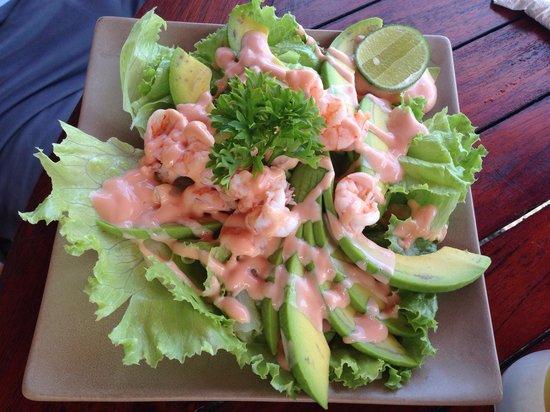 Cemara beach  Bar & Restaurant: Avocado shrimp cocktail