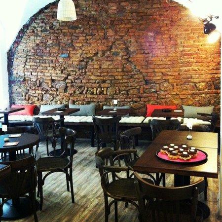 Dada Cafe Bar