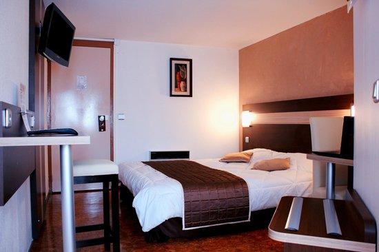 Comfort Hotel Les Mureaux : Chambre double