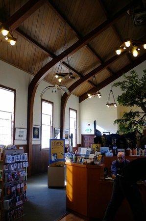 Marin Headlands : Inside the visitor center