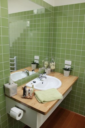Beeches By The Sea: Bathroom