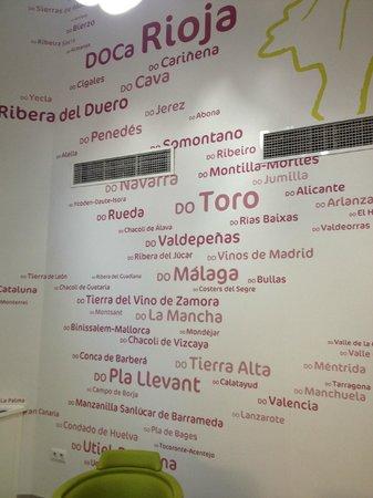Ibis Styles Madrid Prado: Vestibulo