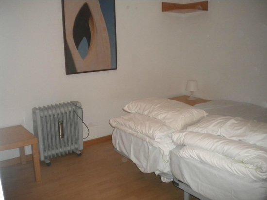 Happy Apartments: la 2 camera minuscola e non riscaldata!