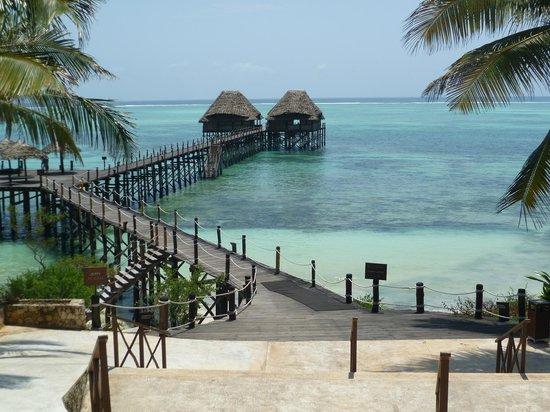 Melia Zanzibar : Jetti! Hier gibt es Nachmittags-Snacks und Abendessen
