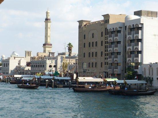 Bur Dubai Abra Dock : The Creek