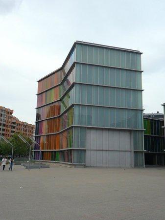 MUSAC - Museo de Arte Contemporáneo de Castilla y León: Vista del edificio que alberga el museo.