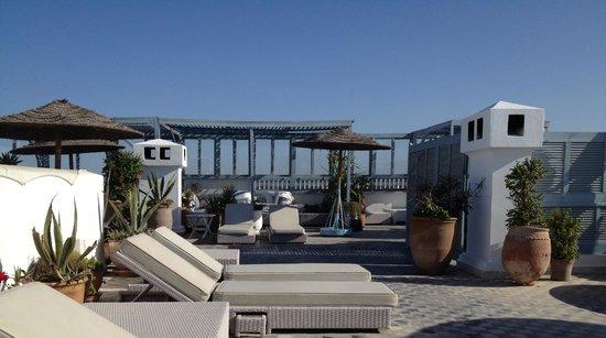 L'Heure Bleue Palais: Roof terrace