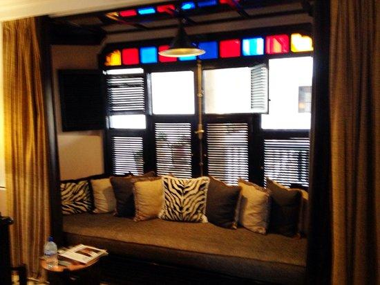 L'Heure Bleue Palais : Suite - lounge area